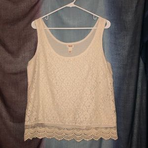 Mossimo tank with lace detail
